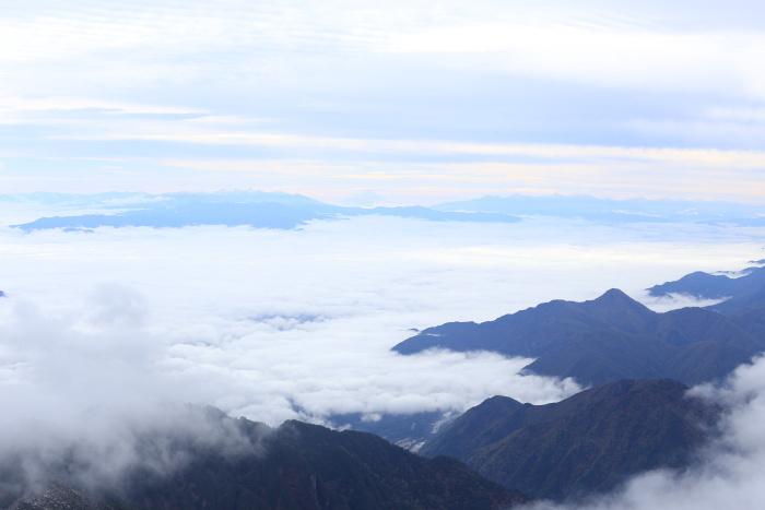 爺ヶ岳 201018 初雪_e0338862_15370352.jpg