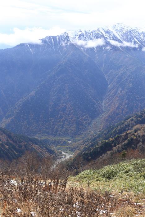 爺ヶ岳 201018 初雪_e0338862_15454839.jpg