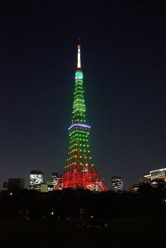 東京タワー☆グリーンに染まって_a0355365_22124236.jpg
