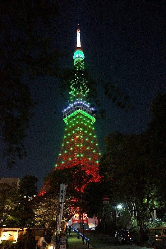 東京タワー☆グリーンに染まって_a0355365_22145428.jpg