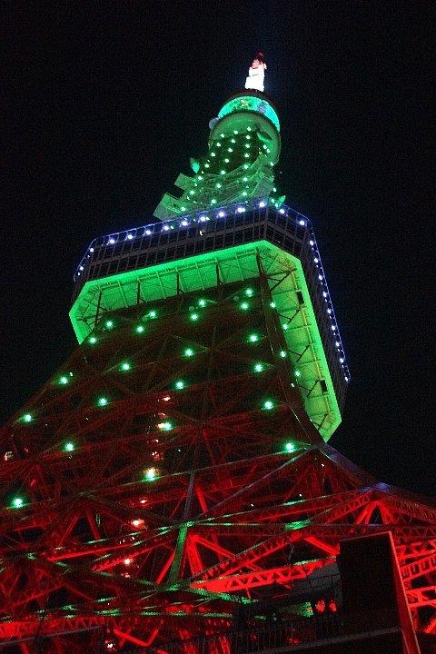 東京タワー☆グリーンに染まって_a0355365_22252639.jpg