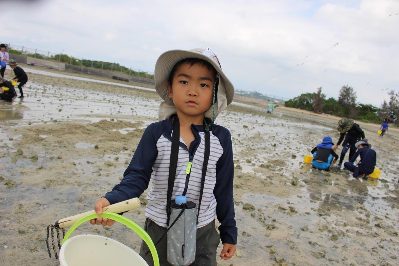 ネコクラブABC合同-06◆秋の干潟で収穫まつり(10/17)沖縄随一の干潟、泡瀬干潟で丸一日潮干狩りにチャレンジ。貝もカニもいっぱいで、お腹いっぱいになりました!_d0363878_00102884.jpeg