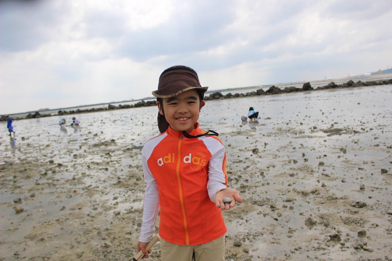 ネコクラブABC合同-06◆秋の干潟で収穫まつり(10/17)沖縄随一の干潟、泡瀬干潟で丸一日潮干狩りにチャレンジ。貝もカニもいっぱいで、お腹いっぱいになりました!_d0363878_00113413.jpeg