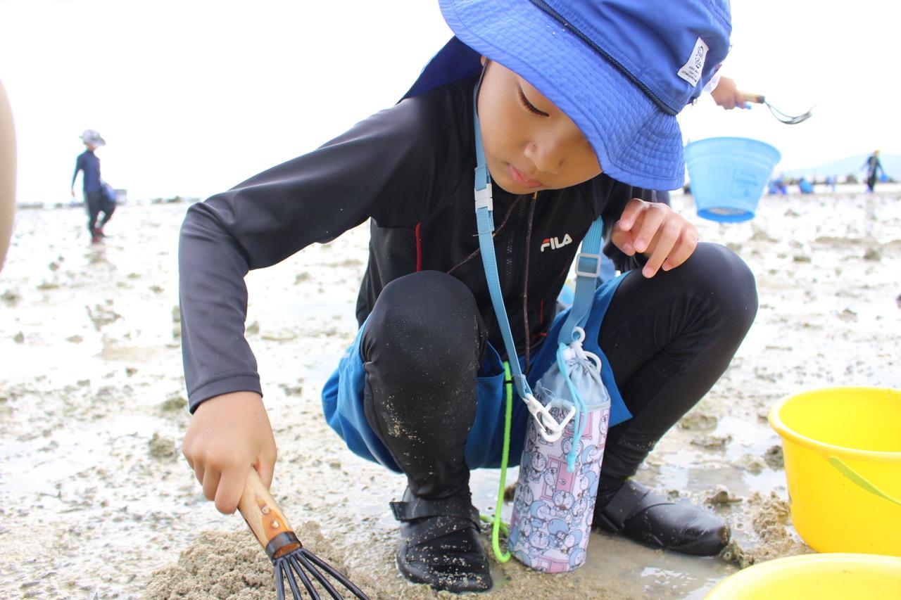 ネコクラブABC合同-06◆秋の干潟で収穫まつり(10/17)沖縄随一の干潟、泡瀬干潟で丸一日潮干狩りにチャレンジ。貝もカニもいっぱいで、お腹いっぱいになりました!_d0363878_00113417.jpeg