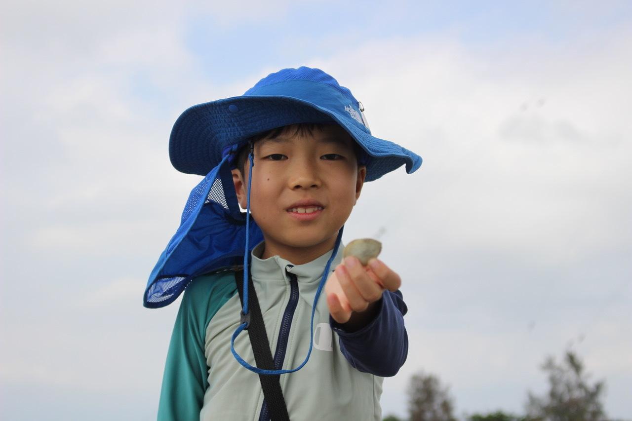 ネコクラブABC合同-06◆秋の干潟で収穫まつり(10/17)沖縄随一の干潟、泡瀬干潟で丸一日潮干狩りにチャレンジ。貝もカニもいっぱいで、お腹いっぱいになりました!_d0363878_00113461.jpeg
