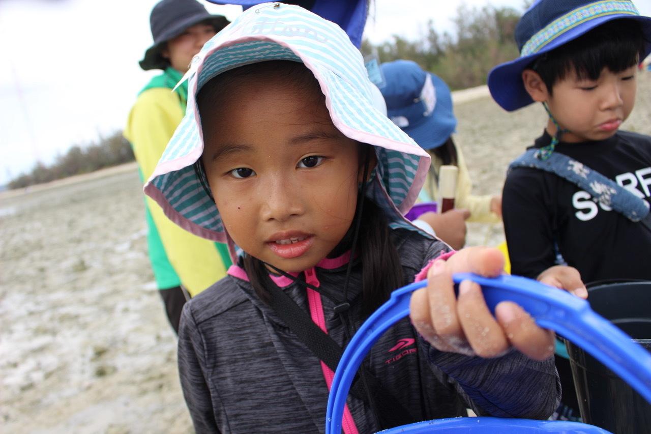 ネコクラブABC合同-06◆秋の干潟で収穫まつり(10/17)沖縄随一の干潟、泡瀬干潟で丸一日潮干狩りにチャレンジ。貝もカニもいっぱいで、お腹いっぱいになりました!_d0363878_00115848.jpeg