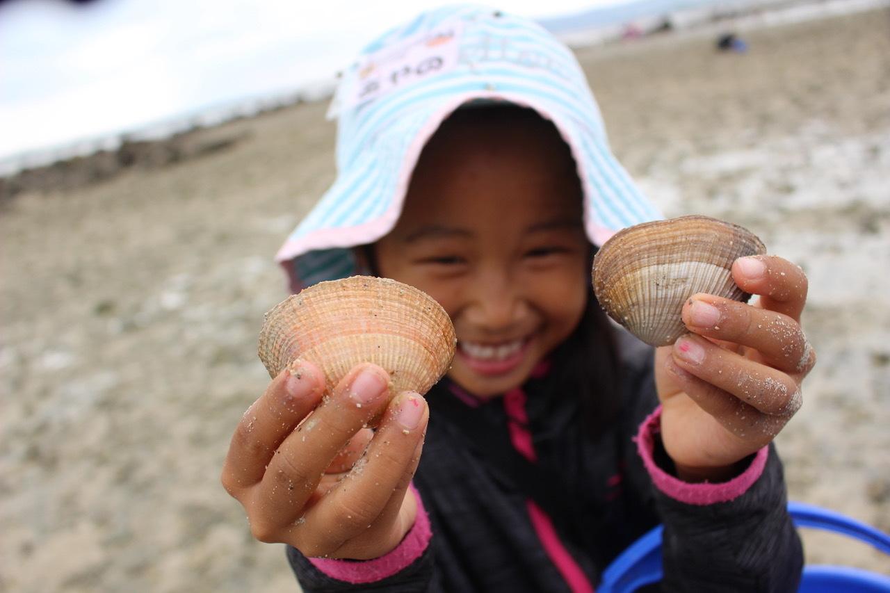 ネコクラブABC合同-06◆秋の干潟で収穫まつり(10/17)沖縄随一の干潟、泡瀬干潟で丸一日潮干狩りにチャレンジ。貝もカニもいっぱいで、お腹いっぱいになりました!_d0363878_00115933.jpeg