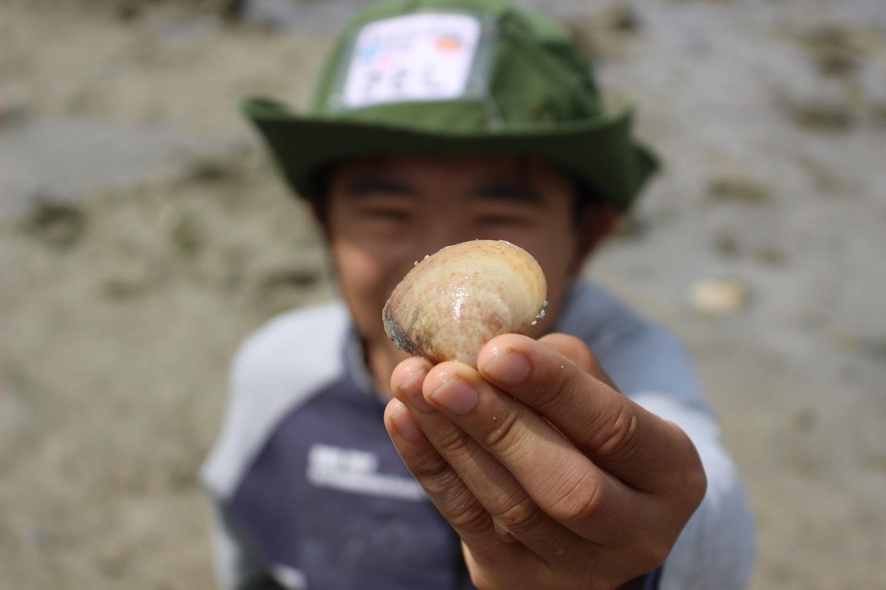 ネコクラブABC合同-06◆秋の干潟で収穫まつり(10/17)沖縄随一の干潟、泡瀬干潟で丸一日潮干狩りにチャレンジ。貝もカニもいっぱいで、お腹いっぱいになりました!_d0363878_00121894.jpeg