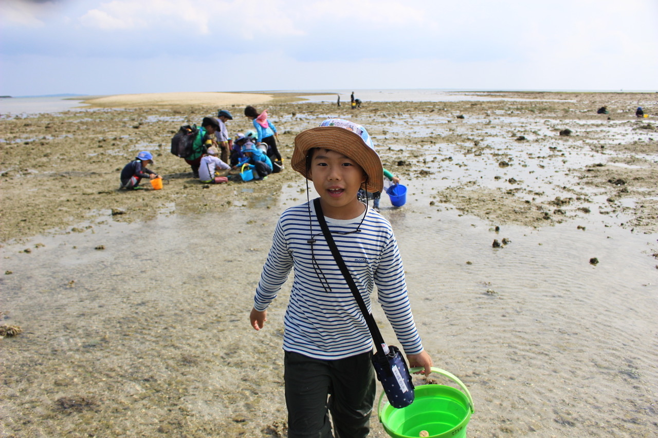 ネコクラブABC合同-06◆秋の干潟で収穫まつり(10/17)沖縄随一の干潟、泡瀬干潟で丸一日潮干狩りにチャレンジ。貝もカニもいっぱいで、お腹いっぱいになりました!_d0363878_00130522.jpeg