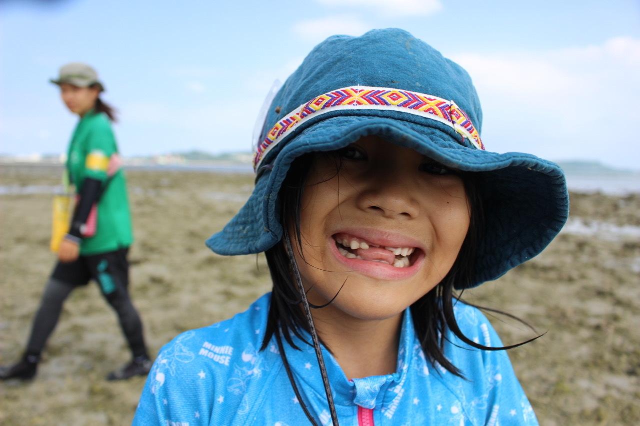 ネコクラブABC合同-06◆秋の干潟で収穫まつり(10/17)沖縄随一の干潟、泡瀬干潟で丸一日潮干狩りにチャレンジ。貝もカニもいっぱいで、お腹いっぱいになりました!_d0363878_00130614.jpeg