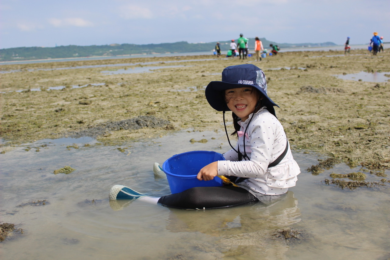 ネコクラブABC合同-06◆秋の干潟で収穫まつり(10/17)沖縄随一の干潟、泡瀬干潟で丸一日潮干狩りにチャレンジ。貝もカニもいっぱいで、お腹いっぱいになりました!_d0363878_00133408.jpeg