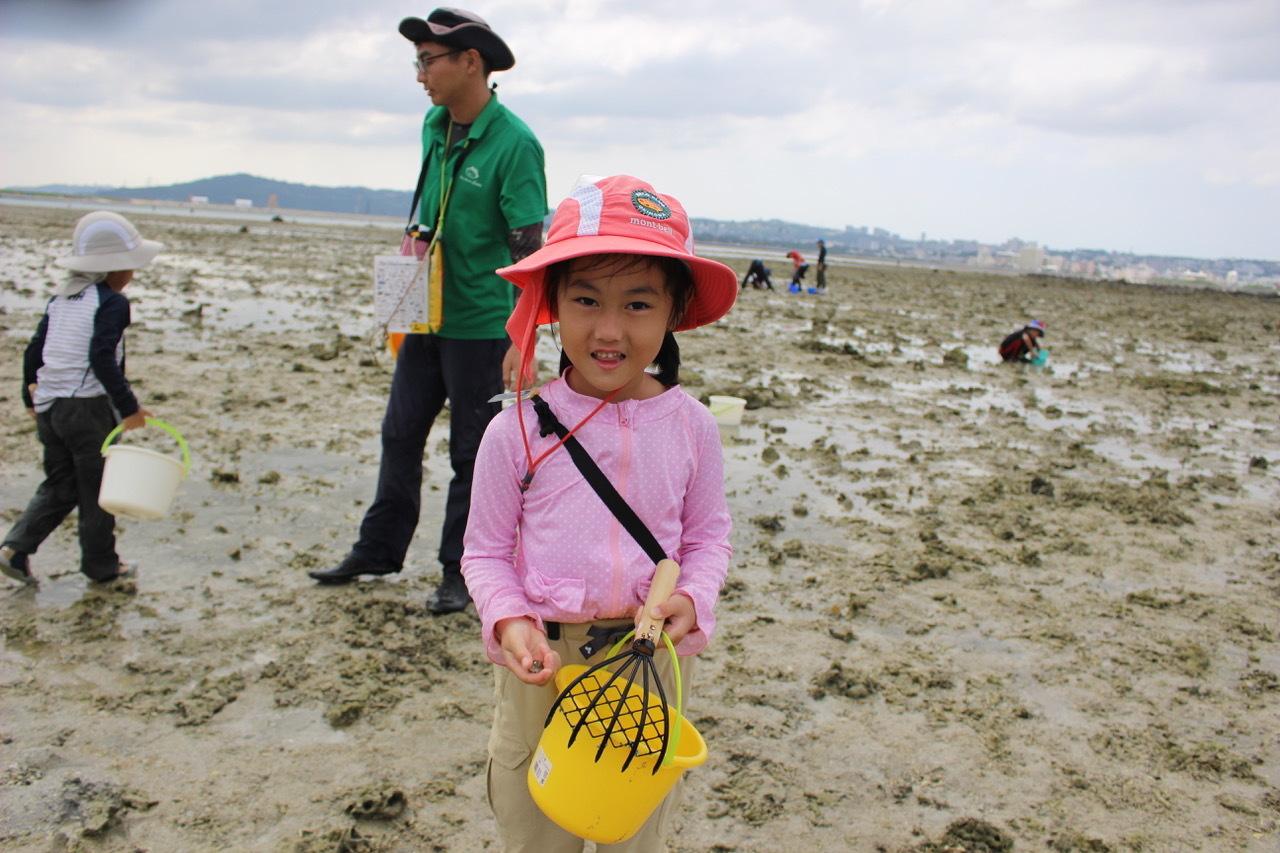 ネコクラブABC合同-06◆秋の干潟で収穫まつり(10/17)沖縄随一の干潟、泡瀬干潟で丸一日潮干狩りにチャレンジ。貝もカニもいっぱいで、お腹いっぱいになりました!_d0363878_00135145.jpeg