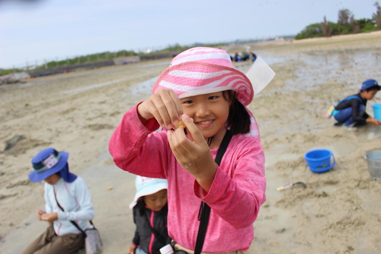 ネコクラブABC合同-06◆秋の干潟で収穫まつり(10/17)沖縄随一の干潟、泡瀬干潟で丸一日潮干狩りにチャレンジ。貝もカニもいっぱいで、お腹いっぱいになりました!_d0363878_00140422.jpeg