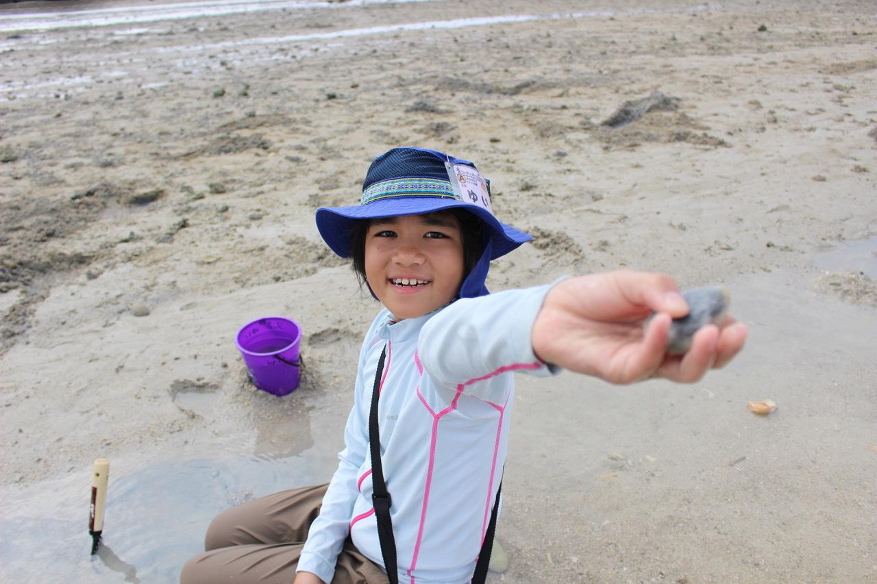 ネコクラブABC合同-06◆秋の干潟で収穫まつり(10/17)沖縄随一の干潟、泡瀬干潟で丸一日潮干狩りにチャレンジ。貝もカニもいっぱいで、お腹いっぱいになりました!_d0363878_00140423.jpeg