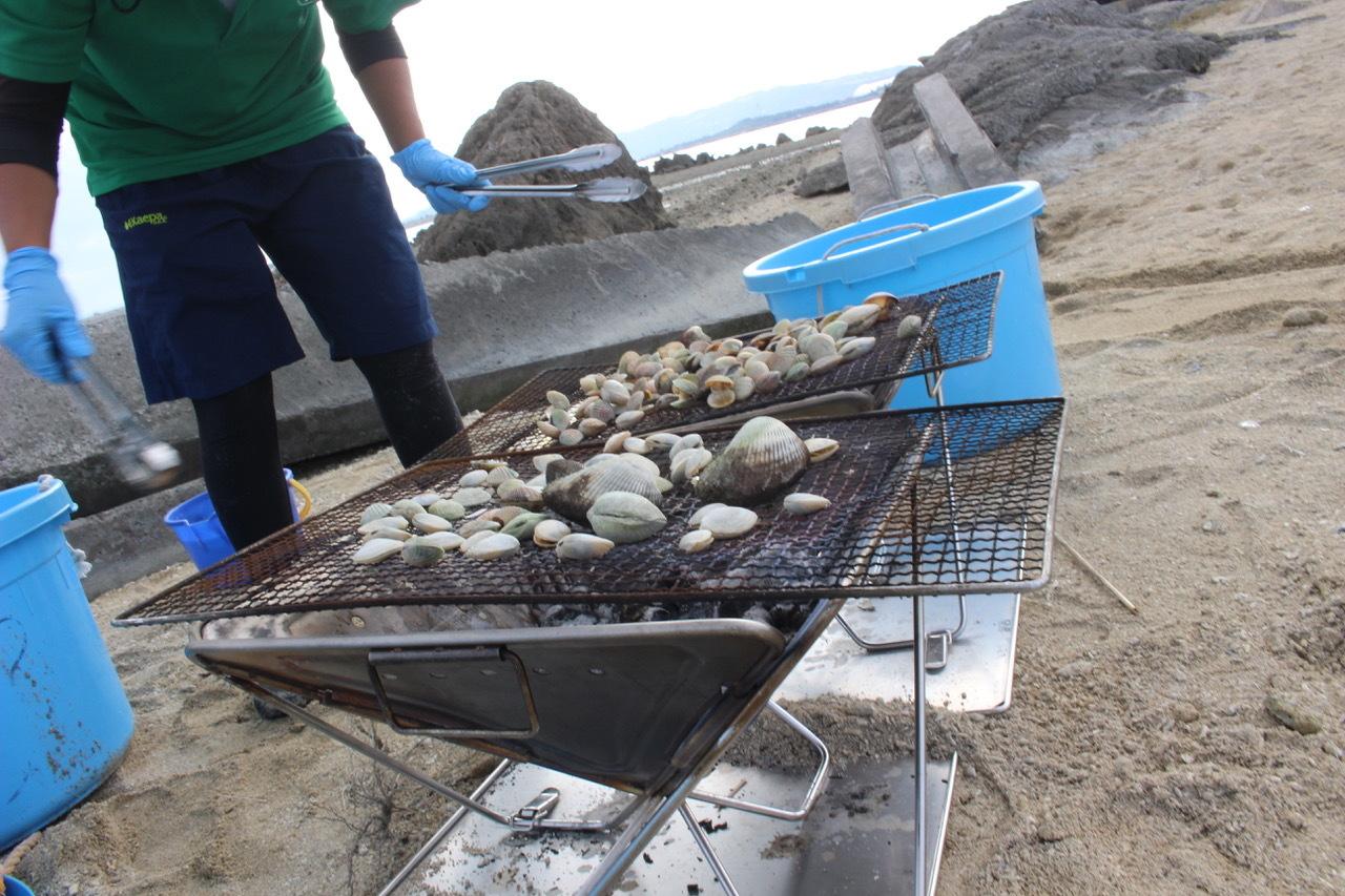 ネコクラブABC合同-06◆秋の干潟で収穫まつり(10/17)沖縄随一の干潟、泡瀬干潟で丸一日潮干狩りにチャレンジ。貝もカニもいっぱいで、お腹いっぱいになりました!_d0363878_00144516.jpeg