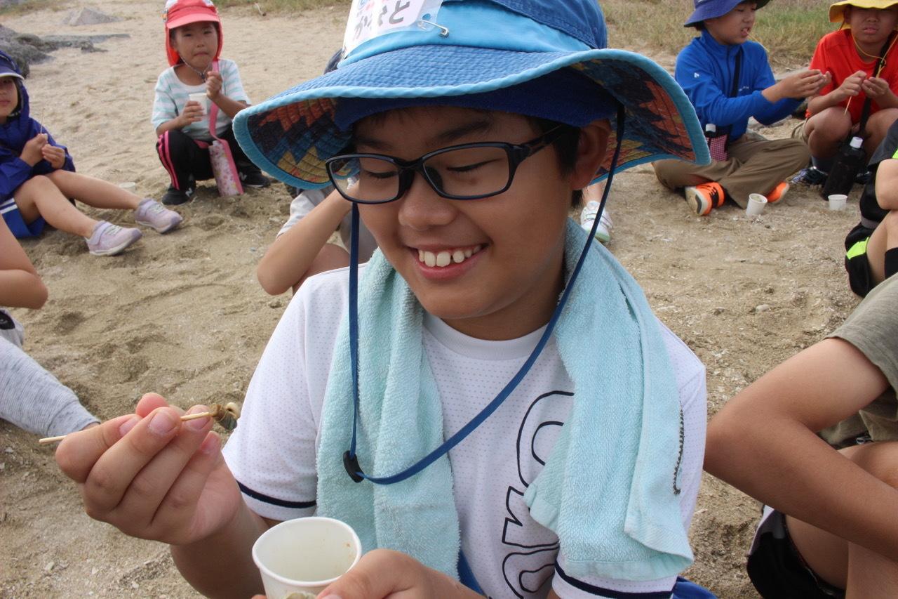 ネコクラブABC合同-06◆秋の干潟で収穫まつり(10/17)沖縄随一の干潟、泡瀬干潟で丸一日潮干狩りにチャレンジ。貝もカニもいっぱいで、お腹いっぱいになりました!_d0363878_00395326.jpeg