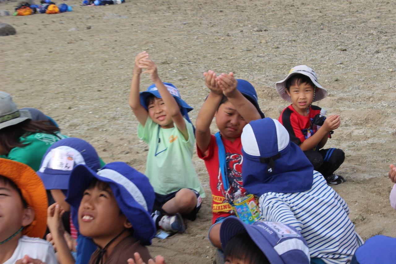 ネコクラブABC合同-06◆秋の干潟で収穫まつり(10/17)沖縄随一の干潟、泡瀬干潟で丸一日潮干狩りにチャレンジ。貝もカニもいっぱいで、お腹いっぱいになりました!_d0363878_00395363.jpeg