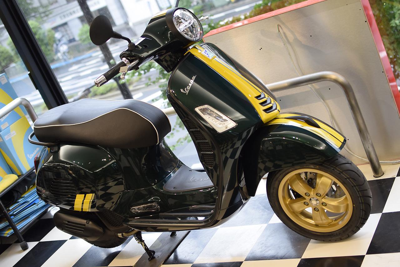Vespa GTS Super 150 Racing Sixties (レーシングシックスティーズ)_d0099181_13045991.jpg