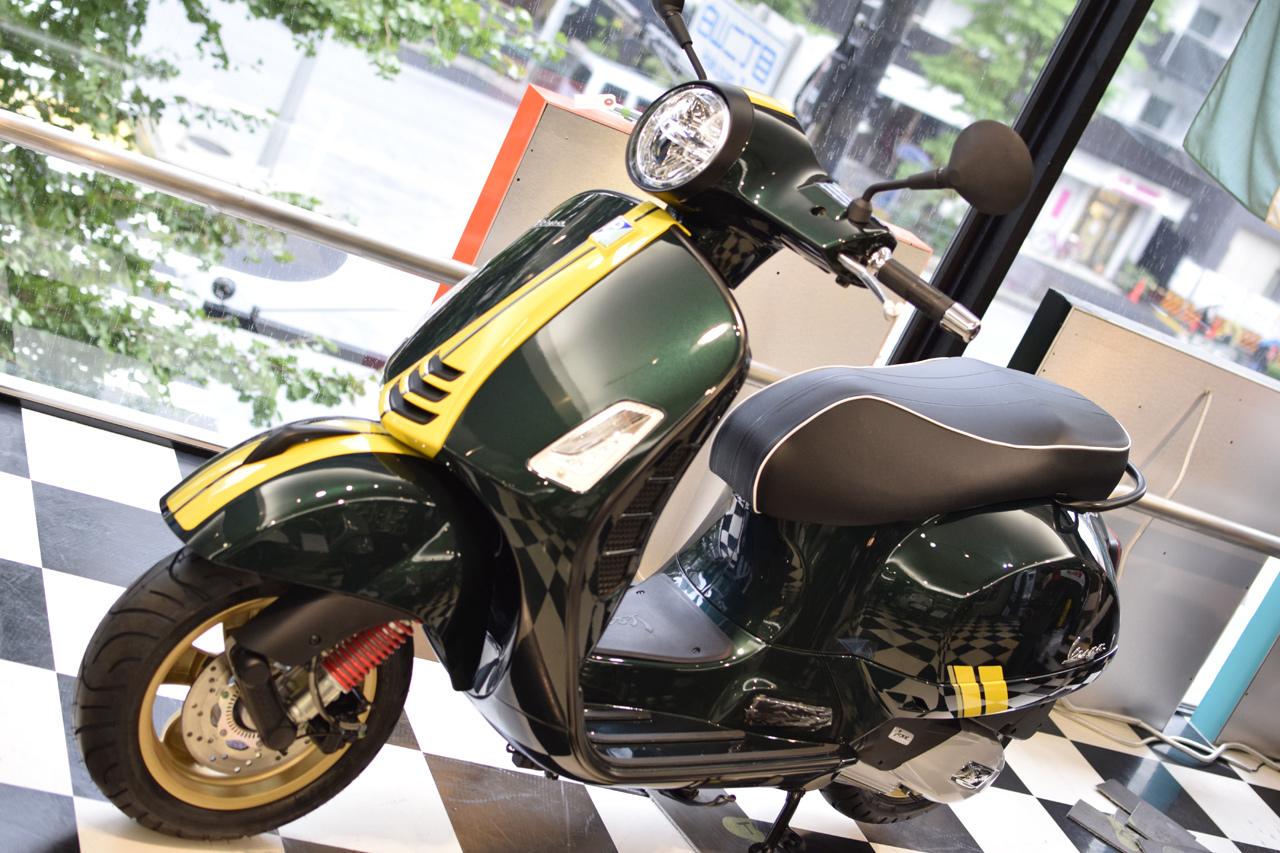 Vespa GTS Super 150 Racing Sixties (レーシングシックスティーズ)_d0099181_13051448.jpg