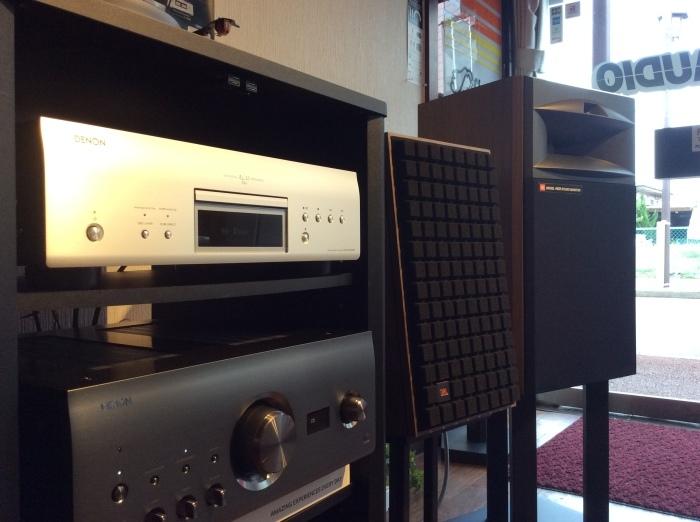 当店のオーディオ試聴機のセッティング状況です。_b0292692_16021927.jpg