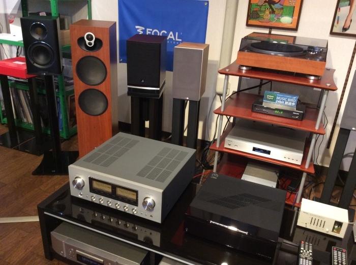 当店のオーディオ試聴機のセッティング状況です。_b0292692_16564205.jpg