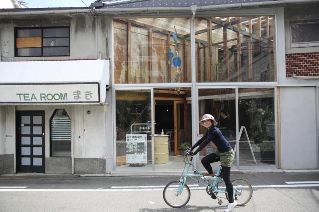 大阪のウォールアートをモールトンで巡ってみた!_b0078651_01394611.jpg
