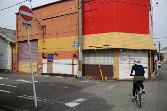大阪のウォールアートをモールトンで巡ってみた!_b0078651_01550680.jpg