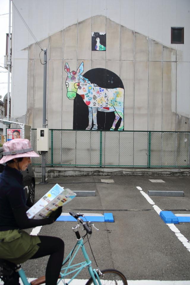 大阪のウォールアートをモールトンで巡ってみた!_b0078651_20410048.jpg