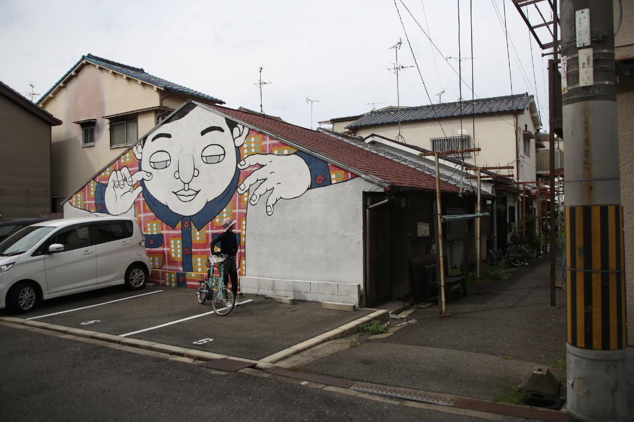 大阪のウォールアートをモールトンで巡ってみた!_b0078651_20585057.jpg