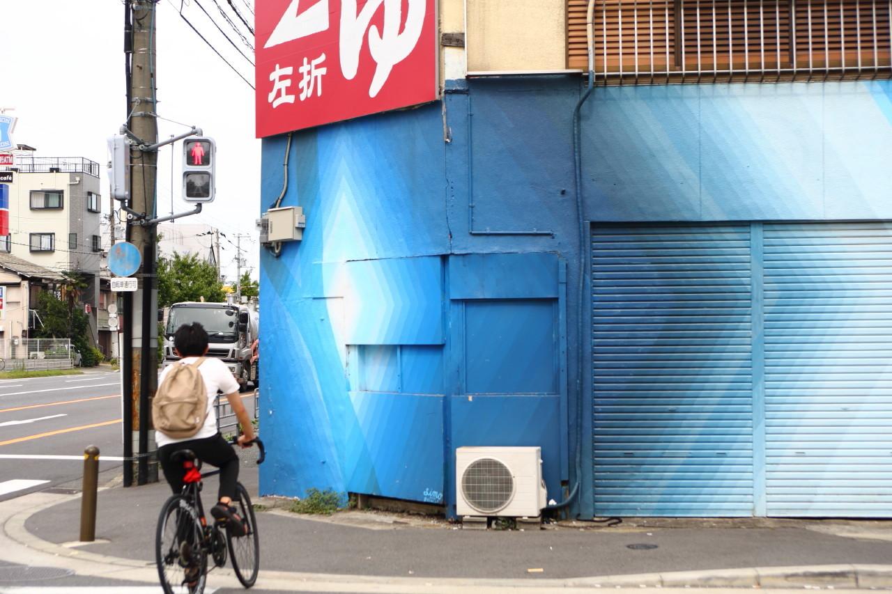 大阪のウォールアートをモールトンで巡ってみた!_b0078651_21005795.jpg