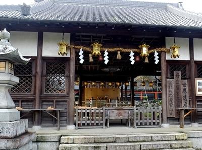 高野山への町石道を歩きました。_b0194861_12175376.jpg