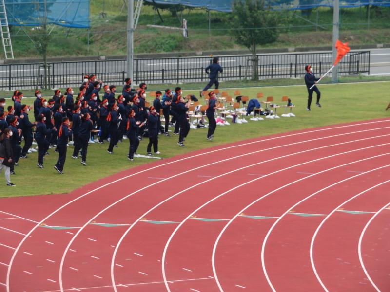 体育祭で初めて全校生徒がそろいました_e0359282_16124153.jpg