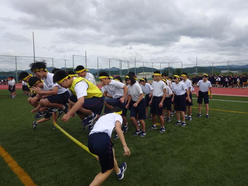 体育祭で初めて全校生徒がそろいました_e0359282_16545637.jpg