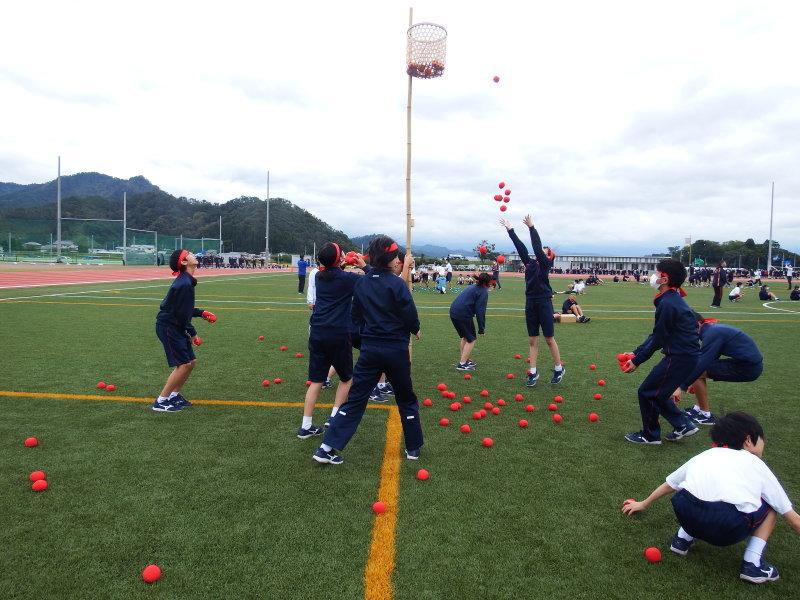 体育祭で初めて全校生徒がそろいました_e0359282_17265715.jpg
