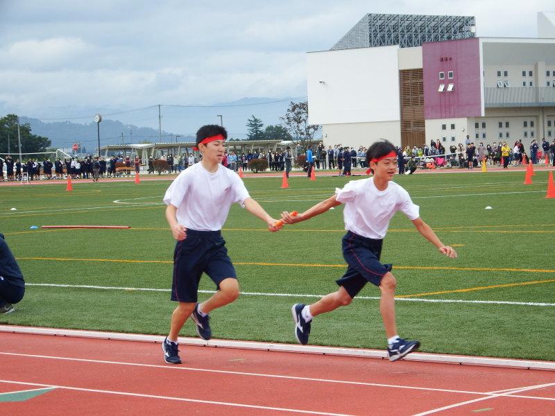 体育祭で初めて全校生徒がそろいました_e0359282_17342164.jpg