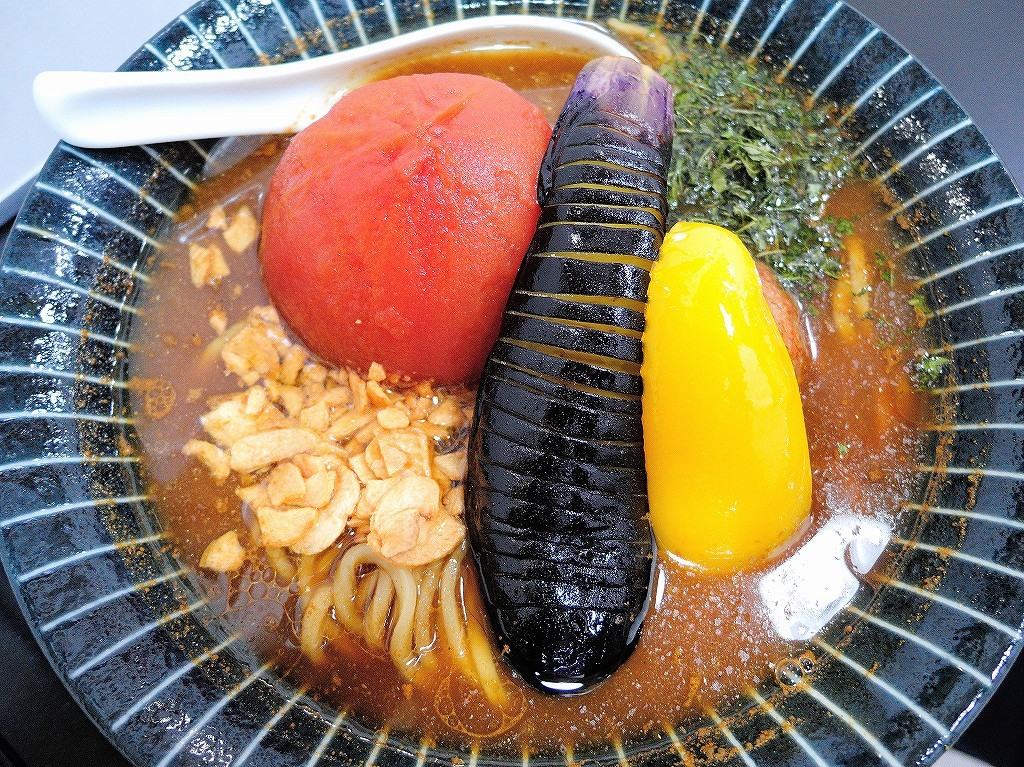 自家製麺 SHIN(新)@反町_c0395834_22465052.jpg