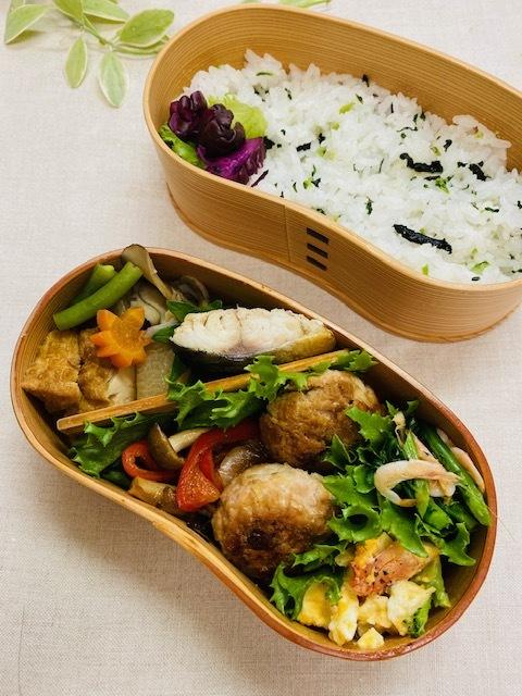 lunch box ×3 秋深まって_a0165160_21295501.jpg