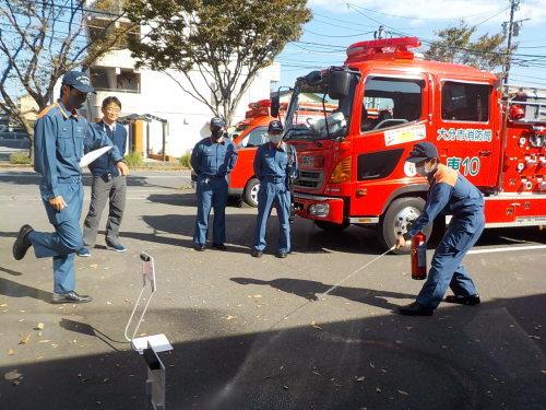 消防車が来たよ♪_f0342495_13255283.jpg