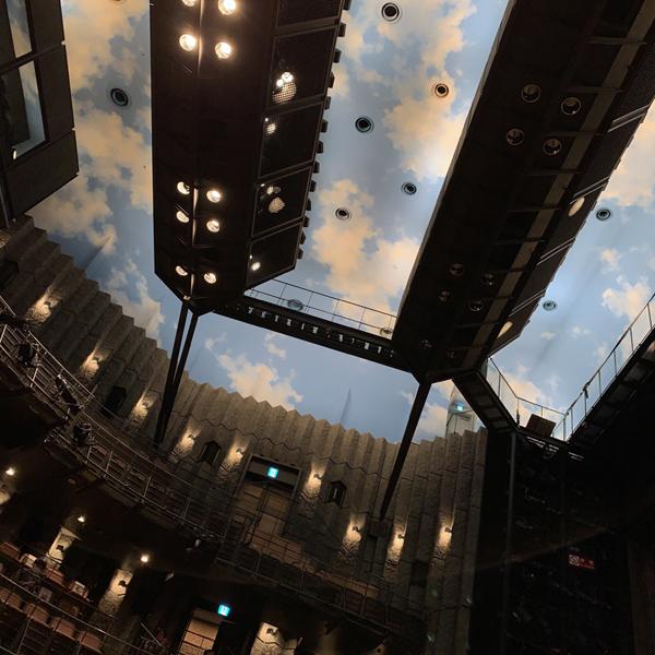 夢の、劇場空間。_e0047694_15333468.jpg