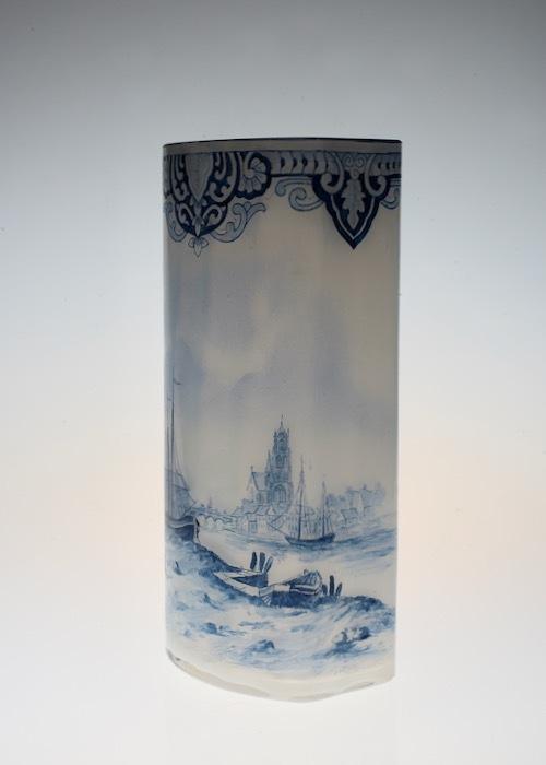 ルグラ 帆船デザイン オパリン花瓶 デルフト風_c0108595_23214339.jpeg