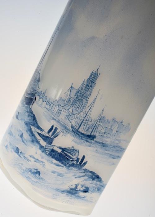 ルグラ 帆船デザイン オパリン花瓶 デルフト風_c0108595_23245551.jpeg
