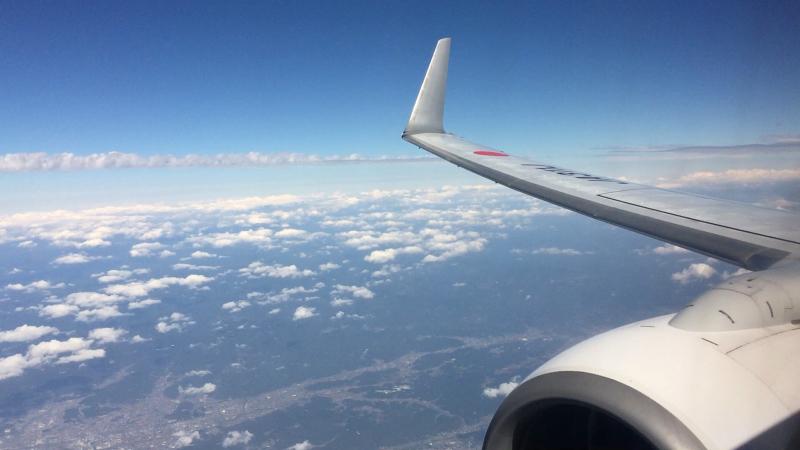 【これは地震雲??】一直線に遠く遠く伸びた雲に出会う ~ゴムパッチン雲_b0008655_13322791.jpg