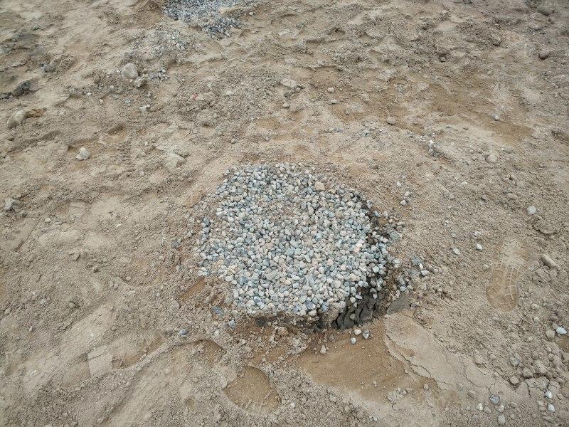 ■地盤改良工事(天然砕石パイル)■_e0188083_15580160.jpg