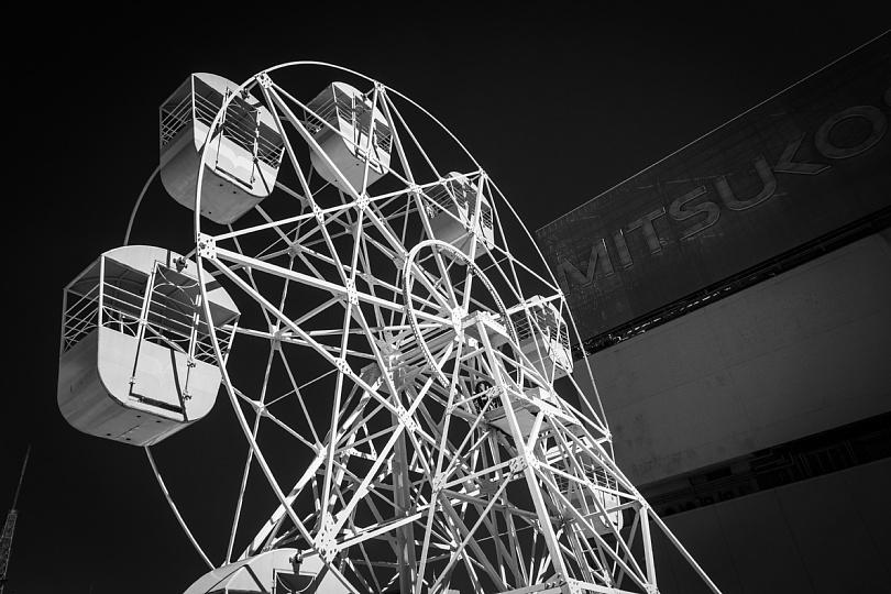 Ferris Wheel On The Roof Top_b0403692_15311306.jpg