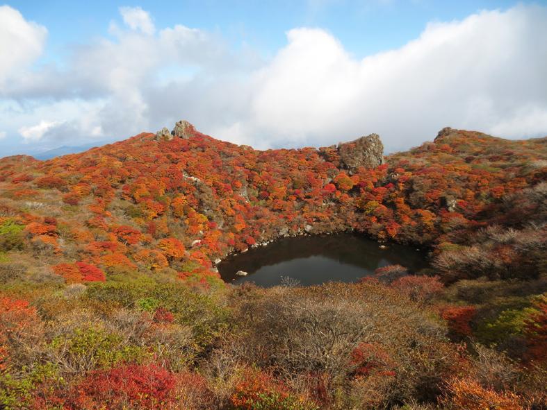 ■くじゅう大船山・御池の紅葉、そして我ながら前代未聞の……_d0190217_17450214.jpg