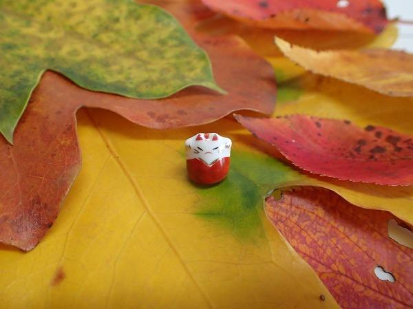 葉っぱと招き猫_d0217271_17391195.jpg