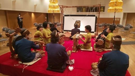 完売御礼!浜松市楽器博物館でのWayang Kulit公演_e0017689_20244622.jpg