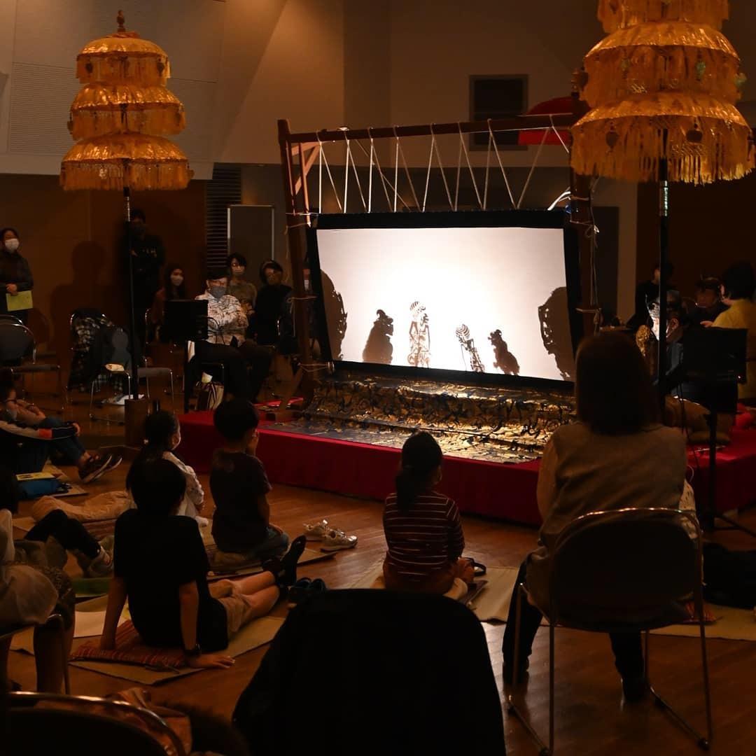 完売御礼!浜松市楽器博物館でのWayang Kulit公演_e0017689_20280706.jpg