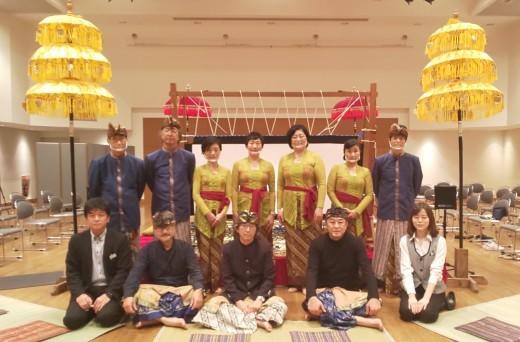 完売御礼!浜松市楽器博物館でのWayang Kulit公演_e0017689_22425948.jpg