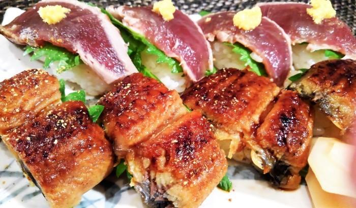 ■続・残り鰻の半身は【炙りトロ鰹とのコンビで シンプルに握り寿司で翌日食べました♪】_b0033423_21401785.jpg